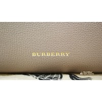 BURBERRY House Check & Medium Banner In Leather