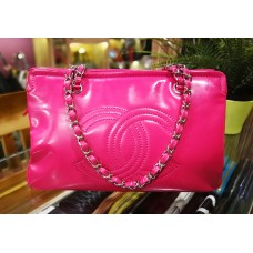 CHANEL Patent Leather Shoulder Bag