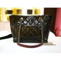 CHANEL Black Quilted Calfskin Shoulder Bag