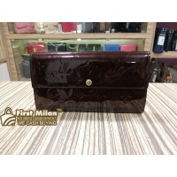 LOUIS VUITTON Monogram Vernis Sarah Wallet
