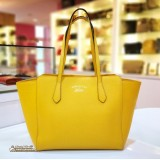 GUCCI Swing Leather Medium Tote In Mustard Colour