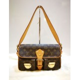 LOUIS VUITTON Monogram Canvas Hudson