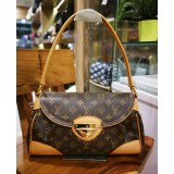 LOUIS VUITTON Monogram Beverly MM Shoulder Bag