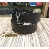 LOUIS VUITTON Initiales 40 MM Reversible Belt (Size:105/42)