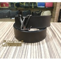 LOUIS VUITTON Initiales Reversible Belt (Size:105/42)