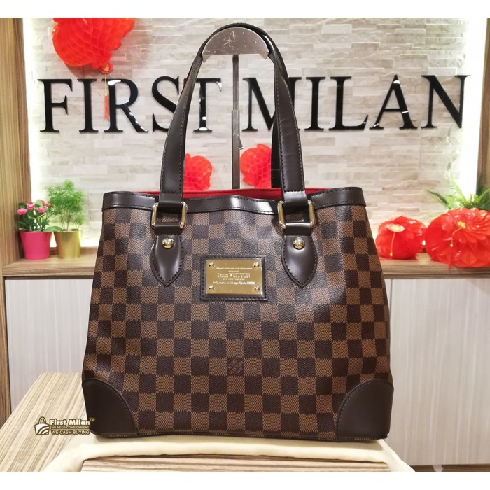 2e952ba43878 LOUIS VUITTON Damier Ebene Hampstead PM Bag