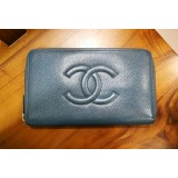 CHANEL Caviar Zippy Organizer Wallet