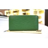 LOUIS VUITTON Epi Leather Green Zippy Wallet
