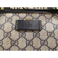 GUCCI GG Medium Tote Bag