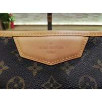 LOUIS VUITTON Monogram Canvas Estrela MM Bag