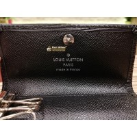 LOUIS VUITTON Epi Leather 4 Key Holder