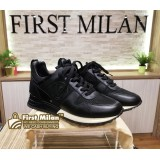 LOUIS VUITTON Black Sneakers (Size:35)
