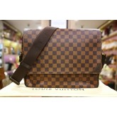 LOUIS VUITTON Damier Ebene Shelton MM
