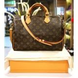 LOUIS VUITTON Monogram Speedy Bandouliere 30 Bag