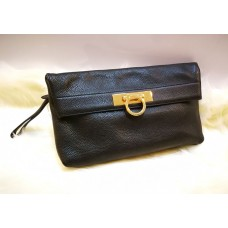 SALVATORE FERRAGAMO Nero Clutch