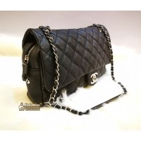 CHANEL Caviar Quilted Jumbo Easy Flap Tote