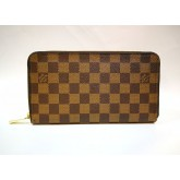 LOUIS VUITTON Damier Zippy Organizer