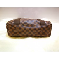 LOUIS VUITTON Damier Beaubourg Tote