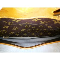 LOUIS VUITTON Monogram Deauville Bag
