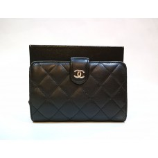 CHANEL Quilted French Lambskin Wallet
