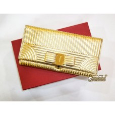 SALVATORE FERRAGAMO Vara Bow Continental Wallet