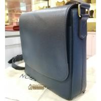 LOUIS VUITTON Taiga Leather Roman PM