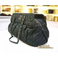 CHANEL Iridescent Calfskin Leather Chic Quilt Bowling Bag